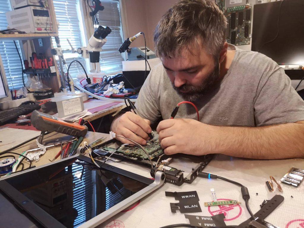 Сервиз и ремонт на лаптопи във Варна